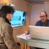 Numerosas empresas se asesoran ayer en el InfoMovil que visitó Jumilla