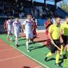El Fútbol Club Jumilla regala a su afición la primera victoria en casa por 1-0 ante un correoso CD Badajoz.