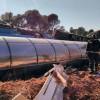 Un camionero resulta herido al volcar el camión cisterna que conducía en la carretera de Jumilla a Hellín
