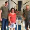La empresa jumillana Metalonso dona a la concejalía de Deportes un pódium para la entrega de trofeos