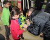 Los jugadores de Montesinos CFS Jumilla visitaron a los niños del colegio de la Cañada del Trigo