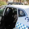 La Policía Local equipa uno de sus vehículos con mampara de seguridad para detenidos