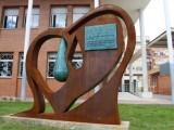 Jumilla dedica un monumento a los donantes de sangre y de médula