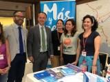 El consejero de Empleo señala que la creación de empleo joven en la Región casi cuatriplica la de España