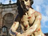 El Franciscano y Guardián del Convento de Santa Ana, Francisco Oliver Alcón, pide colaboración para subsanar el pago de la total restauración de la imagen del Cristo Amarrado a la Columna