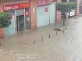 La tormenta de ayer martes deja en Jumilla 45 litros en 40 minutos inundando calles y comercios