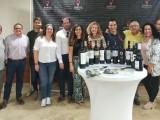La sumiller del C.R.D.O.P. Jumilla presenta 12 vinos en Hellín con el objetivo de promocionarlos entre los hosteleros hellineros