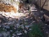 Izquierda Unida-Verdes solicita una limpieza inmediata de los escombros que ha dejado las obras de los nichos del cementerio