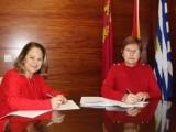 Ayuntamiento y Cruz Roja firman convenio de 15.000 euros para financiar la Oficina de Atención Social al Inmigrante