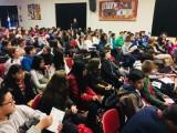Los alumnos de 1°ESO y 2° ESO del IES Arzobispo Lozano han recibido, la visita del escritor Luis Leante.