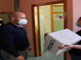 El Eco de Jumilla y Antena Joven donan un total de 200 mascarillas a Aspajunide