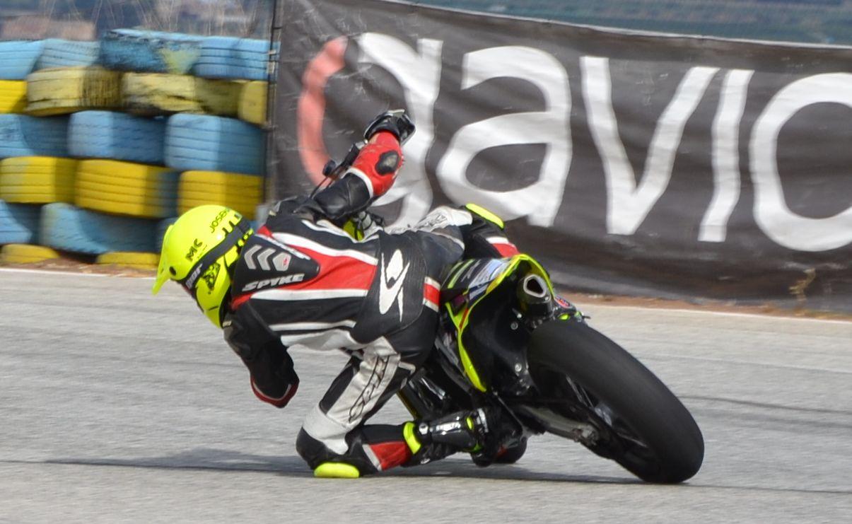 pintoret supermotard mas gas motos (1)